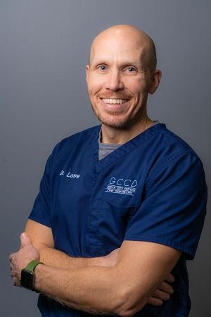 Dr Lowe